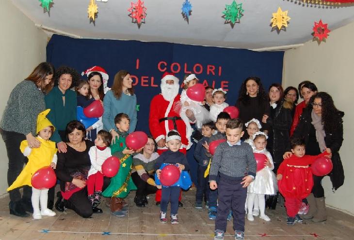 I Colori del Natale Infanzia Cropani Centro